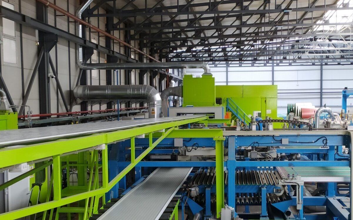 nueva línea de fabricación continua de Paneles Sándwich